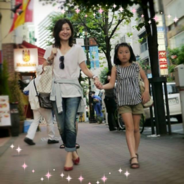 高山さんと娘さん@街中