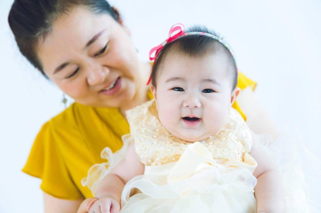 藤嶋さんと生後半年の娘ちゃん